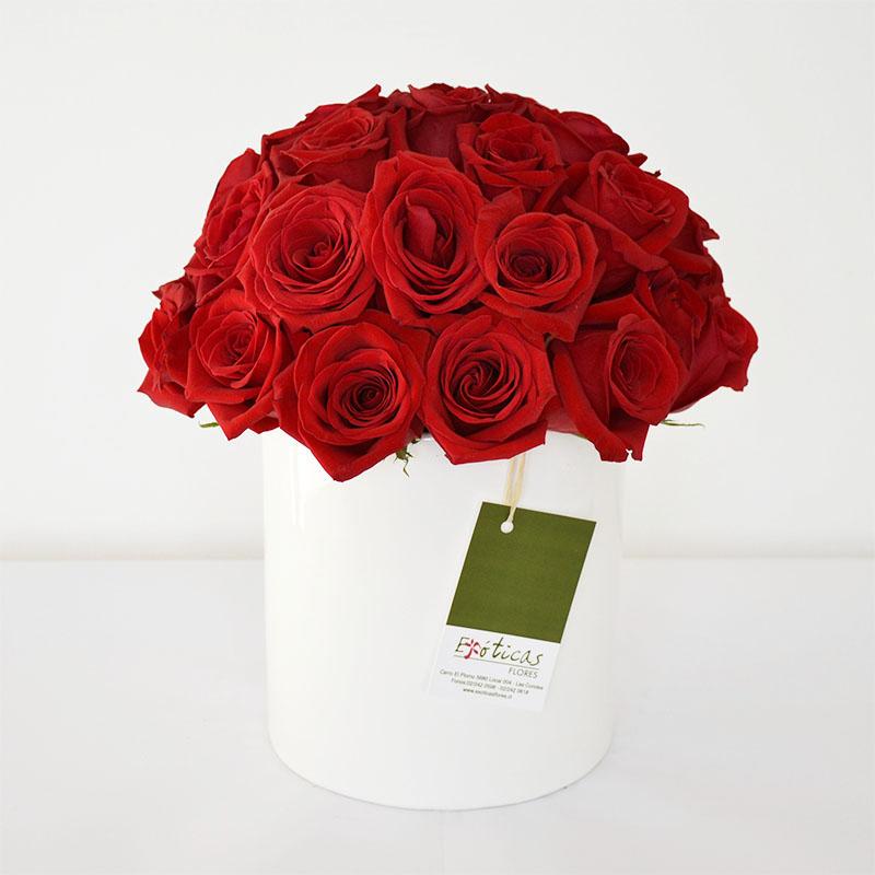 Arreglo Floral Moderno Con 25 Rosas Rojas