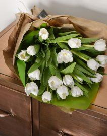 Ramo tulipanes blancos1